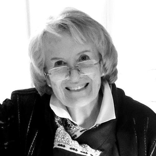 Lizzie Perkins, Artist